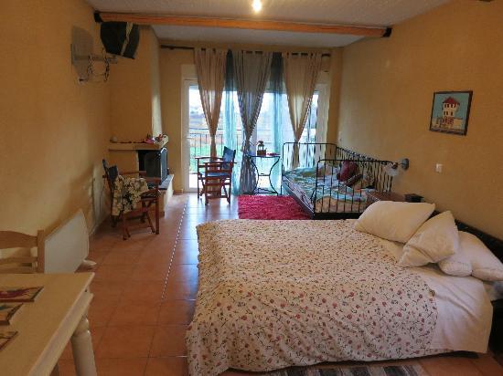 Lerna studio, holiday rental in Tripoli