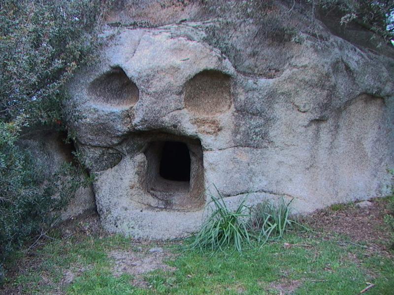 SITO ARCHEOLOGICO ( DOMUS DE JANAS )