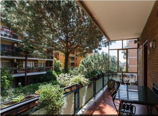 balcone e terrazzo dove si può fare colazione in estate