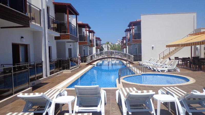 Siesta Garden Holiday Apart.02, holiday rental in Turgutreis