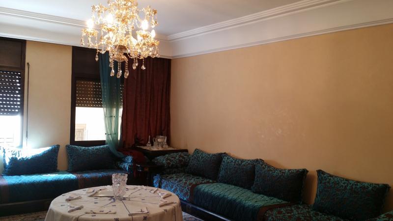 130 M2 appartment in Casablanca, alquiler de vacaciones en Nouaceur
