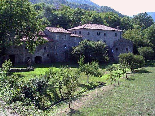Terraces and meadows surround the property - right Casa Padronale, left Casa Colonica
