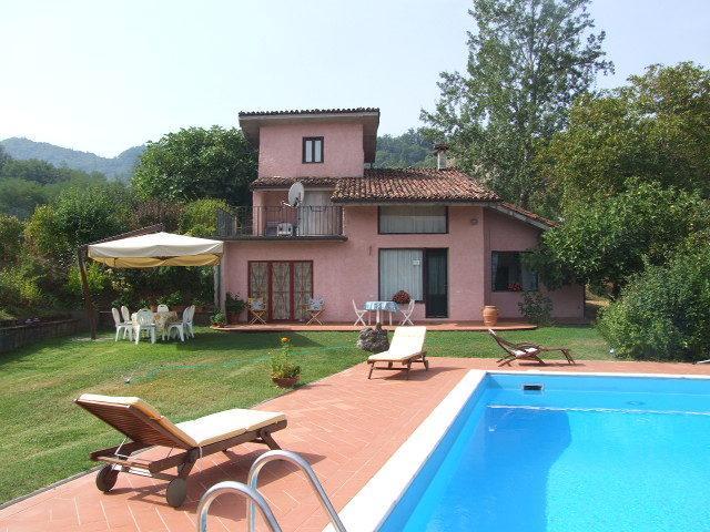 Villetta sul Lago in Garfagnana Toscana Lucca, holiday rental in Careggine