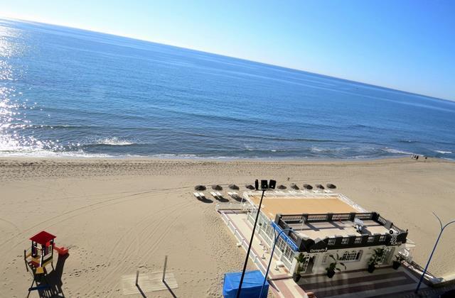 Vista de la playa desde la terraza.