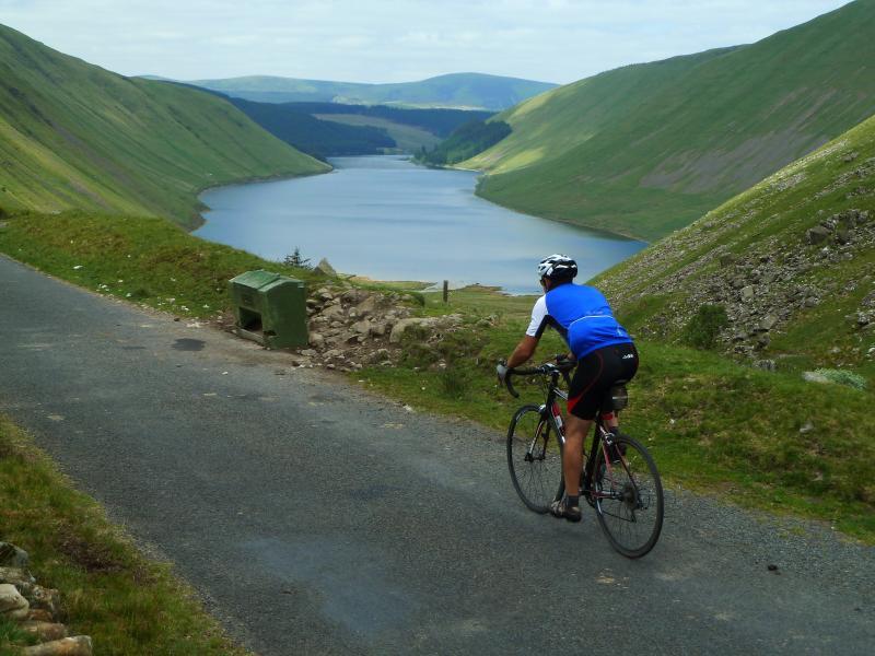 Lazo ciclismo Saint Mary Loch road.