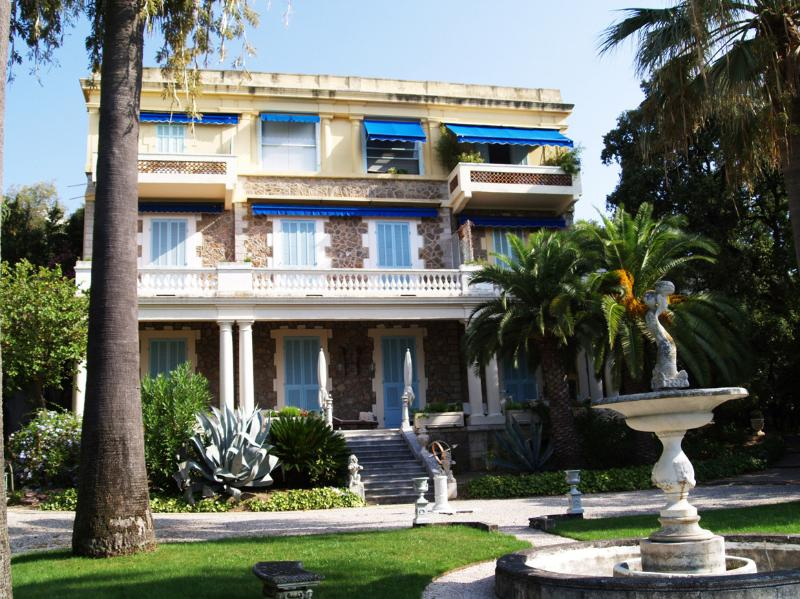 The Villa from the gardens