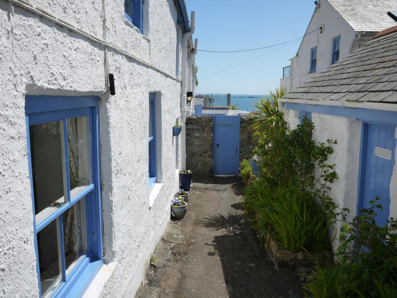 View along cottage to sea