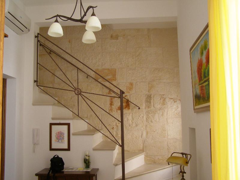 Bella e confortevole casa in Ostuni, casa vacanza a Sorbola