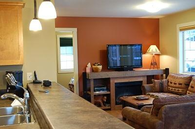 BEAR'S DEN: Open concept kitchen/living room so you can entertain your guests easier