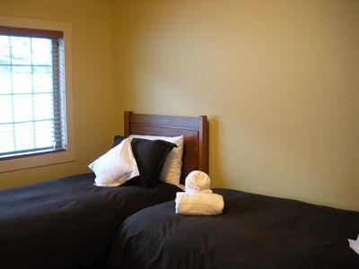 WINDFALL LODGE: Choose from two comfortable bedrooms