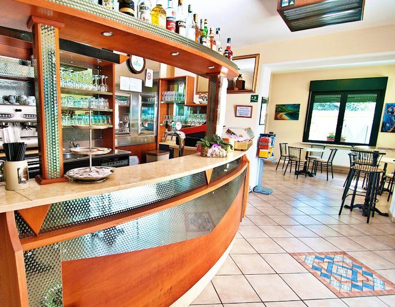 Bar internal