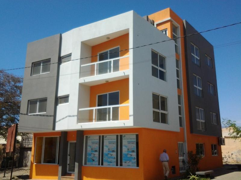 Vannimar lounge, vacation rental in Porto Novo