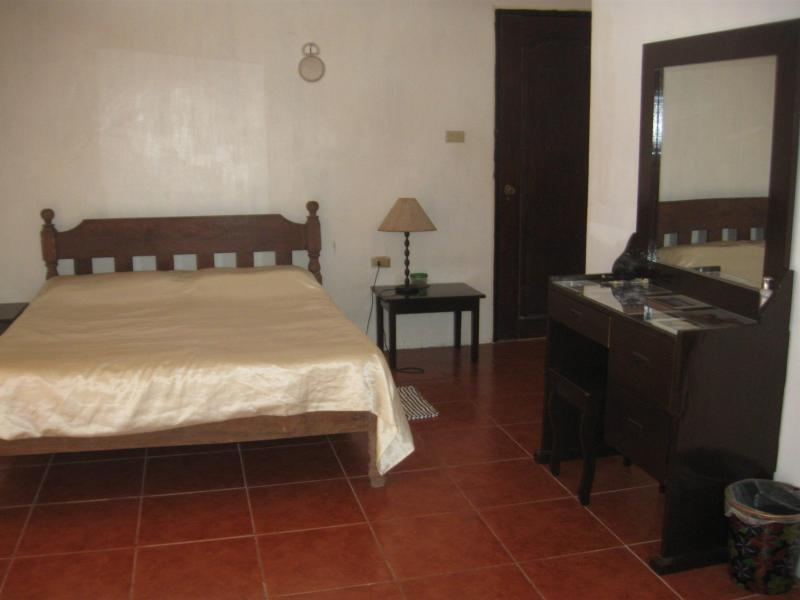 Home-from-home in Laguna province, near Mabitac, vacation rental in Cavite City