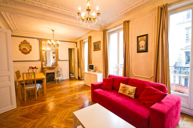 Ask for -25% Price: Montmartre Big 85m, Historic Charm, Lux Kitchen, Rain Shower, holiday rental in Paris