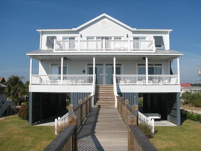 2501 Point St - 'A Dose of Edisto', vacation rental in Edisto Island