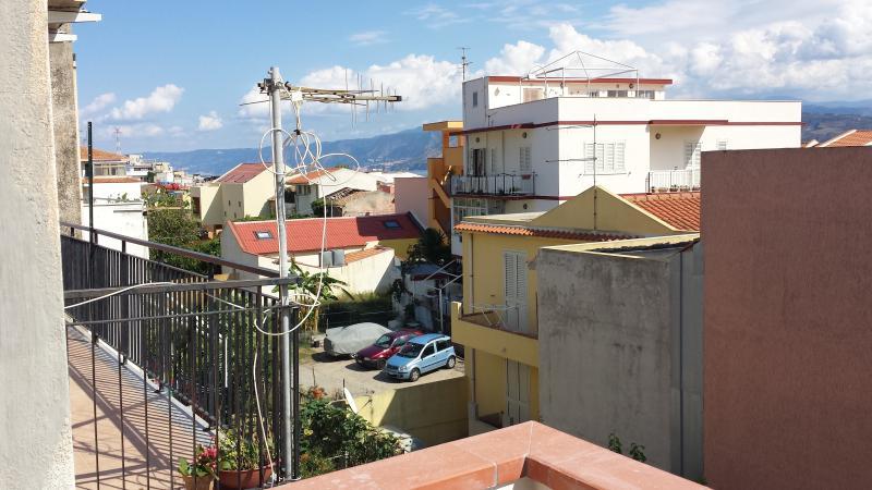 Ganzirri - Appartamento per le vacanze estive, holiday rental in San Filippo del Mela