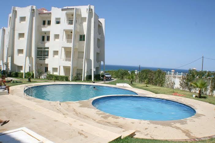 Mon paradis entre Tanger et Asilah. Serviabilité, la bonne nourriture et des plages immaculées.