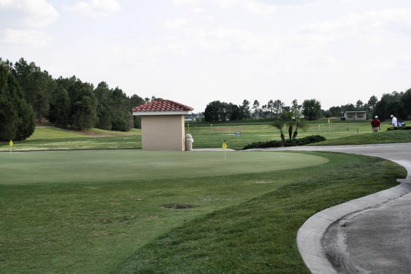 Putting Green and driving range