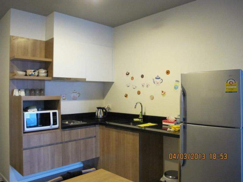 Equipped kitchen, fridge, stove, microwave oven, cutlery, etc.