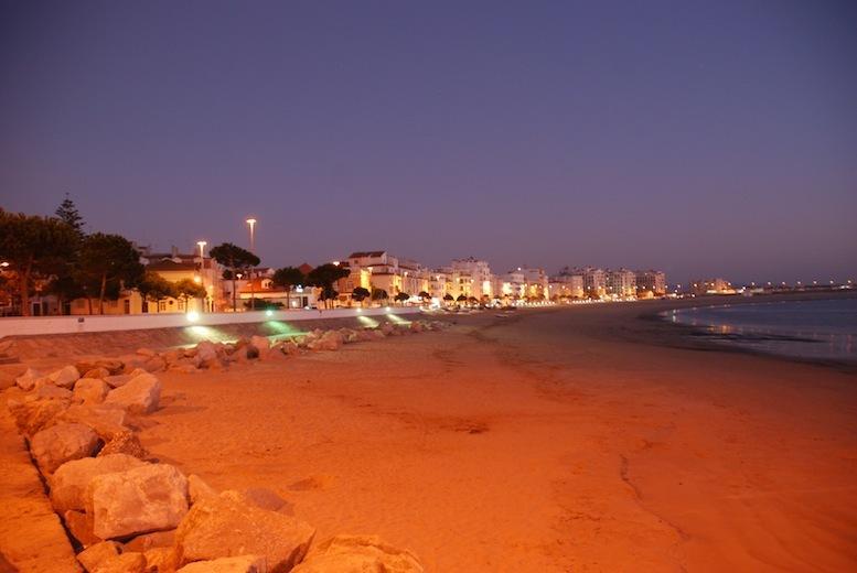 Sao Martinho do Porto by night