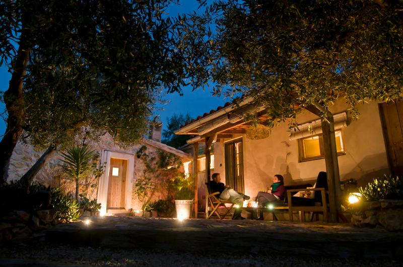 Ecofinca Lo Favaret - Casa ecológica 'La Faeneta', vacation rental in Terres de l'Ebre