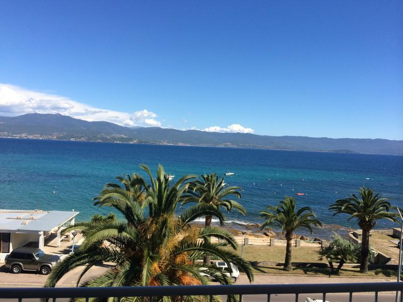 APPARTEMENT T4 CORSE AJACCIO VUE MER, vacation rental in Ajaccio