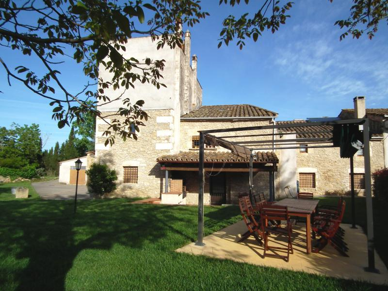 CAN LLETER, holiday rental in Sant Esteve de Llemena