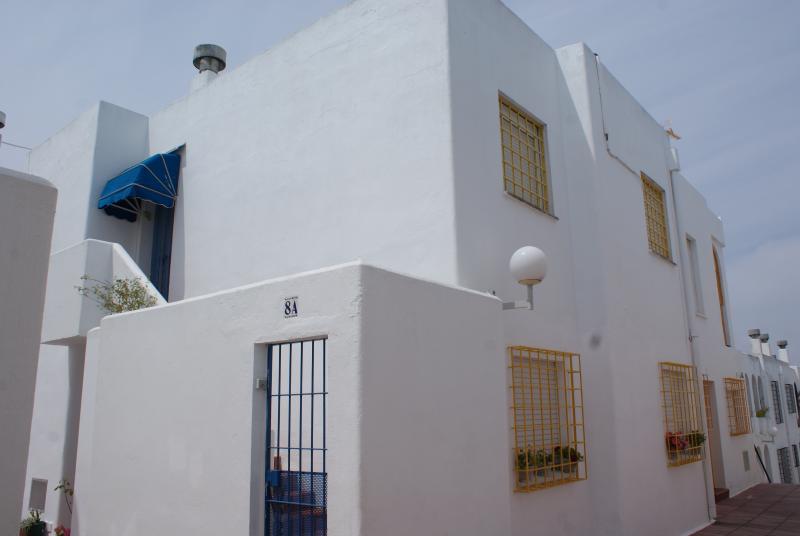 APARTAMENTO 2 DORMITORIOS,  WIFI, PLAYA Y PISCINA, Ferienwohnung in El Puerto de Santa Maria