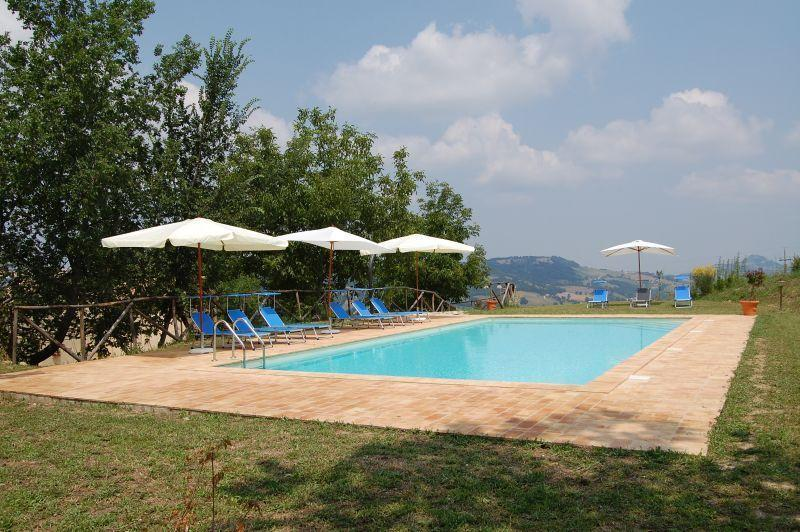 Serpanera - CERESCIA, vacation rental in Fiastra