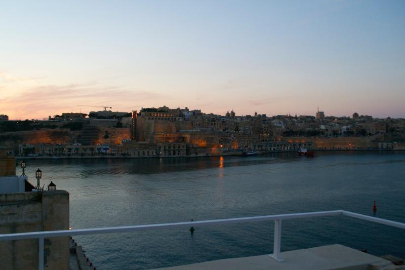 Valletta directly opposite