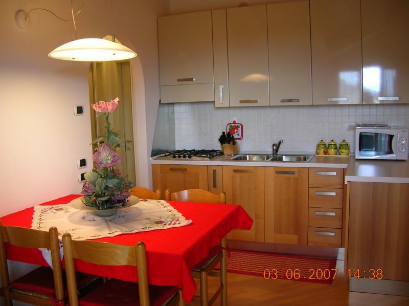 cucina mansarda terzo piano