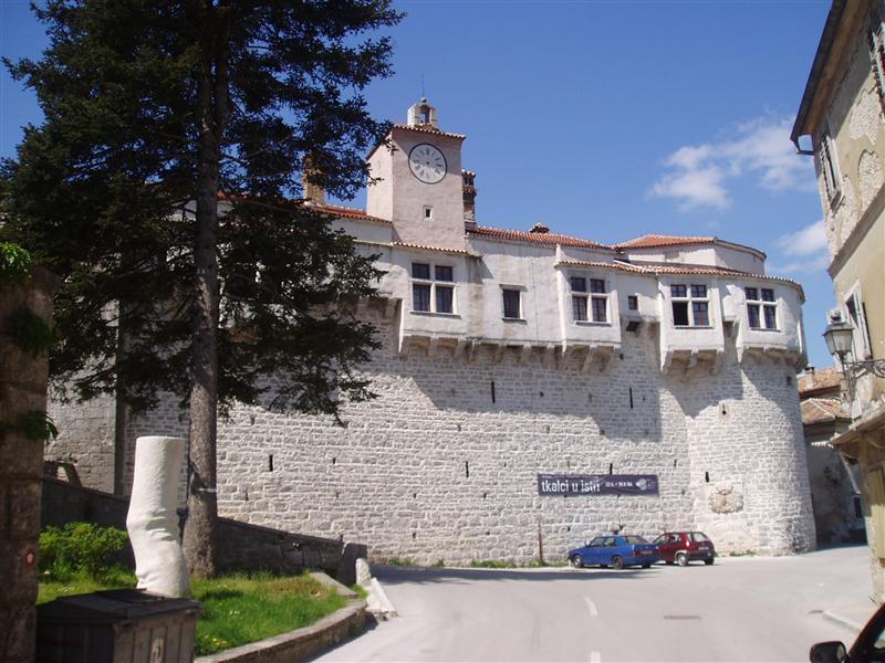 castle in Pazin