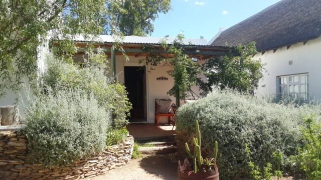 Entrance to Kulamoya Cottage