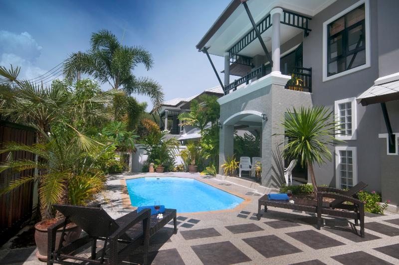 Baan Santhiya (Villa 3), location de vacances à Ao Nang