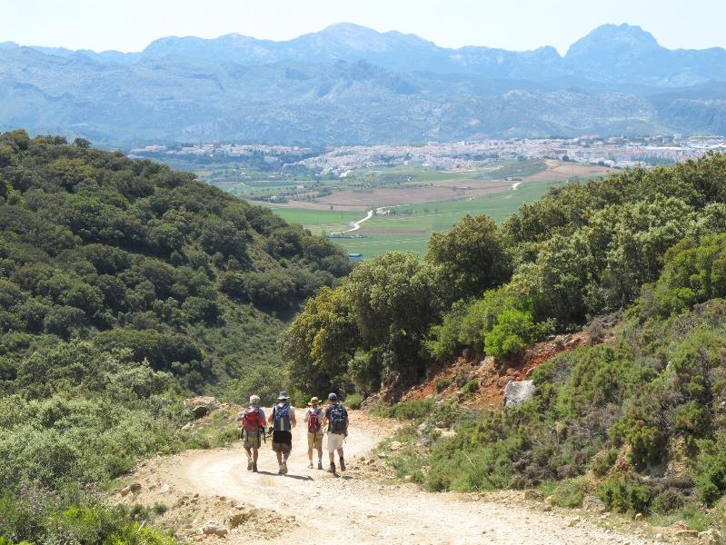 Hiking into Ronda along the El Burgo trail