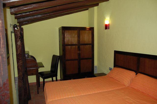 Bamboo bedroom more Fullat