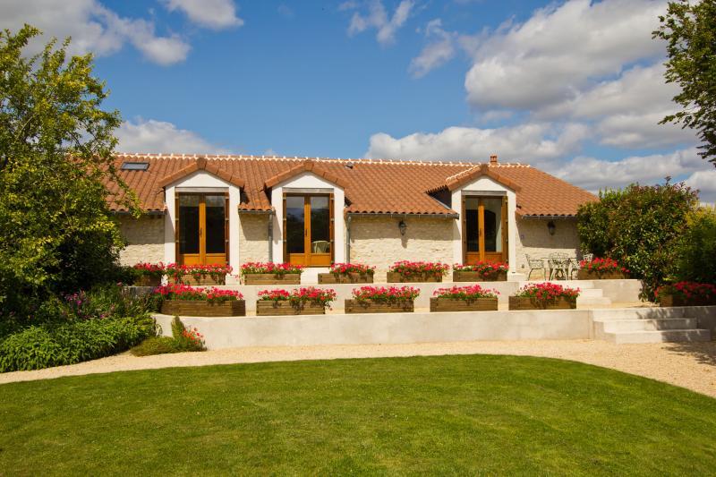 La Grange, holiday rental in Chaveignes