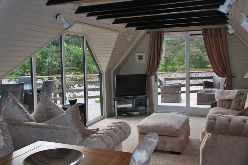 Pine Marten Lodge, vacation rental in Pitlochry