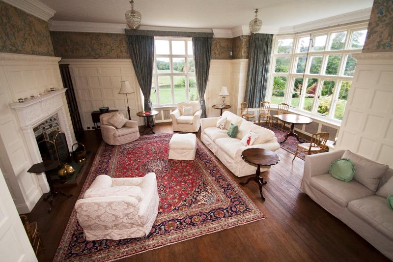 Drawing room, with grand piano