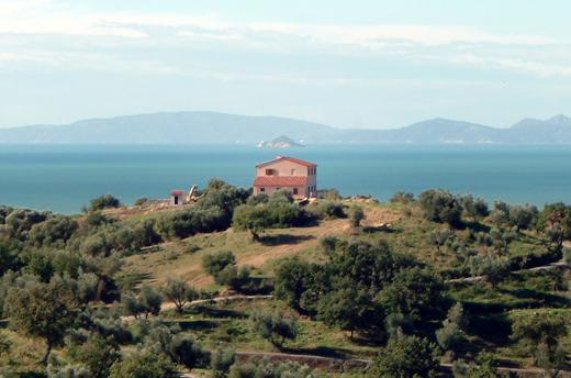 Farmhouse Bella Vista, amazing sea view, holiday rental in Follonica