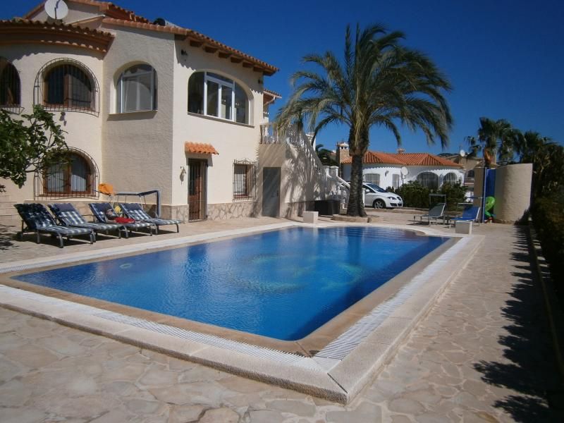 FIG TREE VILLA, holiday rental in Calpe