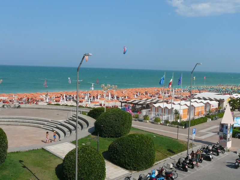 Fano beach 15km