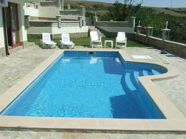 Luxury Villa with Private Pool and Wonderful Panoramic Sea Views, location de vacances à Rogachevo