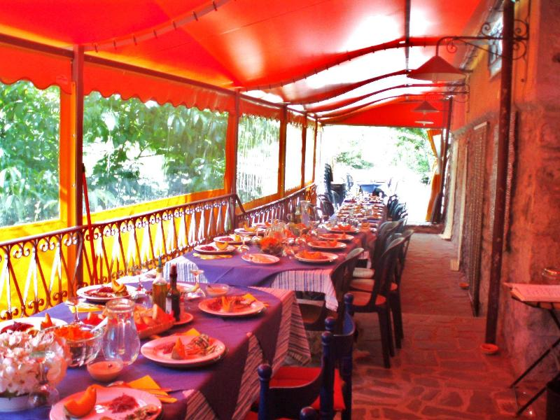 Outdoor dining area: if you don't feel like cooking, try ours