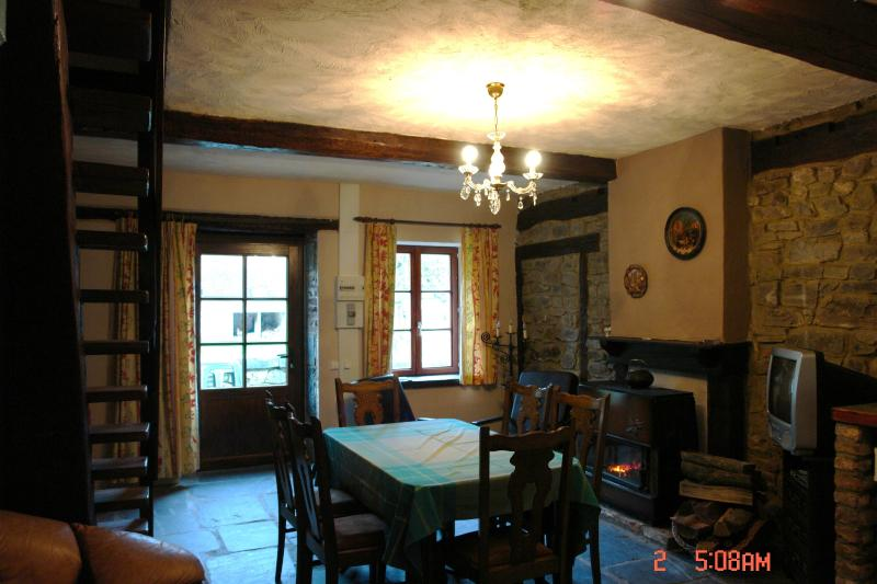 champagne, vacation rental in Bourseigne-Vieille