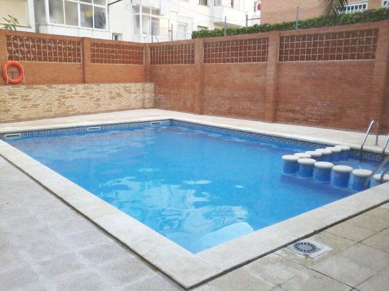 Apartamento 300 m playa Salou, location de vacances à Salou