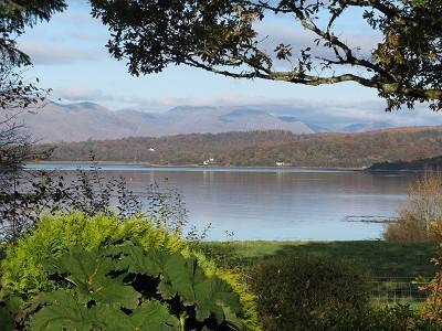 Vue depuis la fenêtre de la Chambre des maîtres au Loch Creran