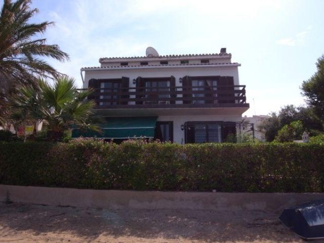hermoso bungaló a pie de la playa con 5 dormitorios