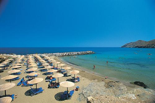 Panormo beach, is a sandy, gorgeous beach, very close to the apartment!