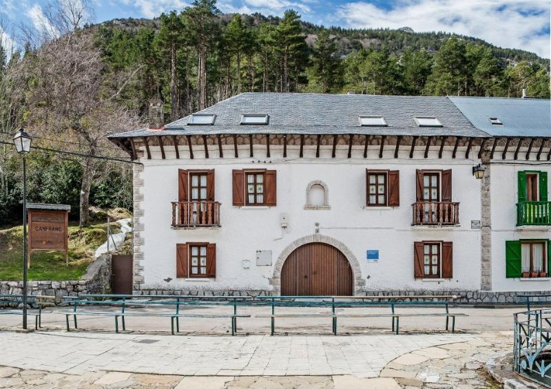 Albergue de Canfranc Estacion, alquiler de vacaciones en Candanchú